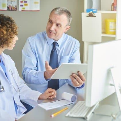 pharmacist with ipad